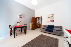 White home in St.Peters, Apartmány  Řím - big - 5