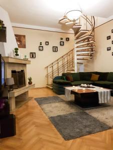 Penthouse Dondukov