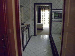 Kristály Apartman, Bed and Breakfasts  Hévíz - big - 66