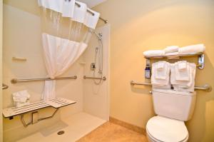 Queen Room with Two Queen Beds with Roll-In Shower