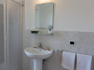 Hotel Villa Susy, Hotels  Davoli - big - 8