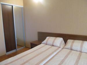 Guest House Yuzhniy, Locande  Divnomorskoye - big - 48