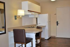 Extended Stay America - Chicago - Naperville - East, Hotels  Naperville - big - 7