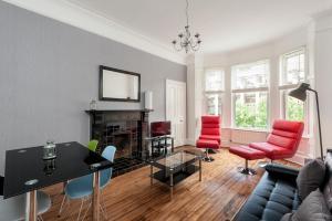 The Dundas Street Residence