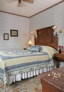 The Queen Victoria Bed & Breakfast, Bed and breakfasts  Cape May - big - 40