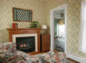 The Queen Victoria Bed & Breakfast, Bed and breakfasts  Cape May - big - 43