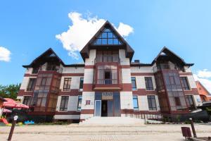 Отель Тропикана, Приморско-Ахтарск