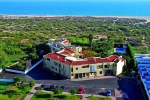 Praia da Lota Resort – Hotel (Ex- turoasis), Hotely  Manta Rota - big - 39