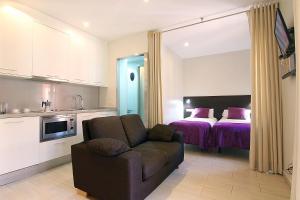 Studio Apartment (2 Adults) - Second Floor - Calle Meer 34