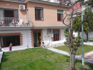 Garden House, Bed and breakfasts  Ercolano - big - 36