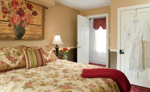 The Queen Victoria Bed & Breakfast, Bed and breakfasts  Cape May - big - 58