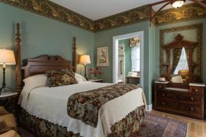 The Queen Victoria Bed & Breakfast, Bed and breakfasts  Cape May - big - 67