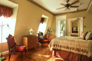 The Queen Victoria Bed & Breakfast, Bed and breakfasts  Cape May - big - 73
