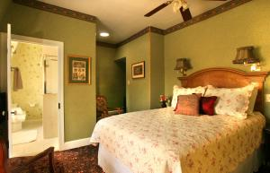 The Queen Victoria Bed & Breakfast, Bed and breakfasts  Cape May - big - 77