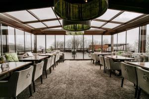 12 Months Luxury Resort, Отели  Цагарада - big - 68