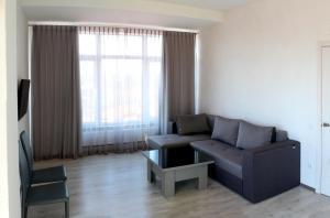 Apartment Zolotyi Bereh, Apartments  Odessa - big - 1