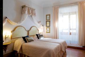Relais Cavalcanti Guest House - AbcAlberghi.com