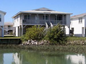The Beach Cottage Home, Holiday homes  Myrtle Beach - big - 6
