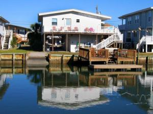 Big Spill Home, Holiday homes  Myrtle Beach - big - 12