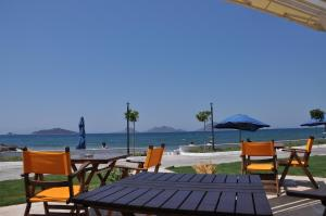 Small Beach Hotel, Hotels  Turgutreis - big - 3