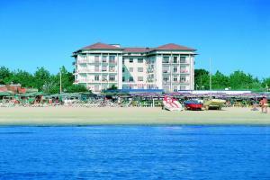 Hotel Lungomare - AbcAlberghi.com