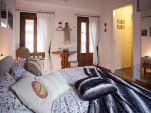 B&B Contrada Lunga, Bed & Breakfast  Abbadia Lariana - big - 5
