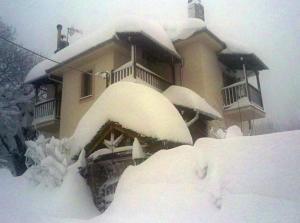 Guesthouse Xenioti, Гостевые дома  Цагарада - big - 63