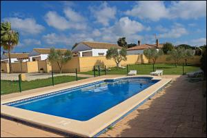 Bungalow complejo III, Holiday homes  Conil de la Frontera - big - 10