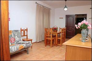 Bungalow complejo III, Holiday homes  Conil de la Frontera - big - 15
