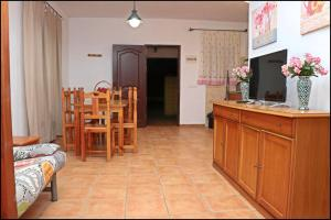 Bungalow complejo III, Holiday homes  Conil de la Frontera - big - 16