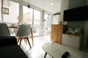 Áticos Soho GrupalMalaga, Apartmány  Málaga - big - 7