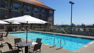 Howard Johnson Hotel & Suites by Wyndham Victoria Elk Lake, Hotels  Victoria - big - 51