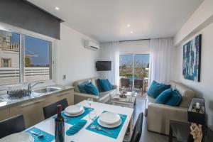 Nicholas Seaview Apartments, Apartmány  Protaras - big - 33