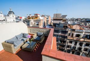 One-Bedroom Apartment with Terrace (2 Adults)