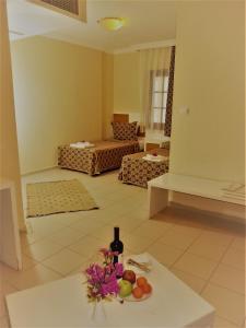 Victoria Suite Hotel & Spa, Отели  Тургутреис - big - 16