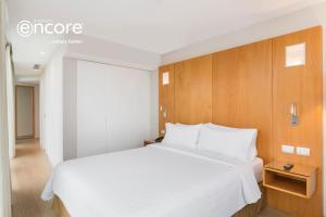 Habitación Deluxe con cama grande y vistas a la ciudad - No fumadores