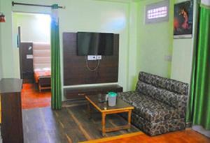Hill View Apartment - Dalai's Abode, Homestays  Dharamshala - big - 9