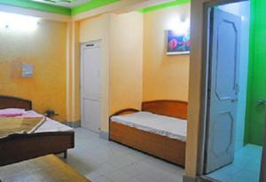 Hill View Apartment - Dalai's Abode, Homestays  Dharamshala - big - 16