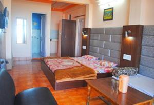 Hill View Apartment - Dalai's Abode, Homestays  Dharamshala - big - 21