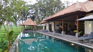 Rouge Bali - Villa Condensé Ubud