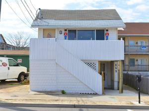 Shore Beach Houses - 111 Lincoln Ave - Seaside Heights