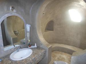 Nomikos Villas, Residence  Fira - big - 7