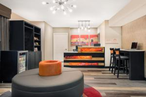 Hawthorn Suites by Wyndham Louisville North, Hotels  Jeffersonville - big - 10