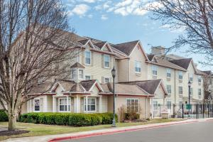 Hawthorn Suites by Wyndham Louisville North, Hotely  Jeffersonville - big - 6