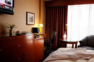 Executive Hotel Vancouver Airport, Hotel  Richmond - big - 2