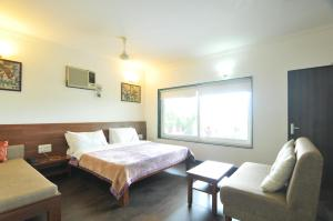Lago villa, Bed & Breakfasts  Bhopal - big - 10