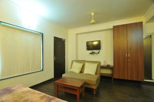Lago villa, Bed & Breakfasts  Bhopal - big - 12
