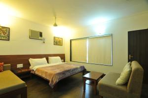 Lago villa, Bed & Breakfasts  Bhopal - big - 13