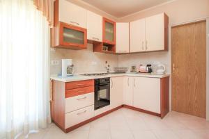 Apartments Silvia, Ferienwohnungen  Poreč - big - 17