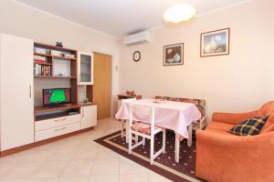 Apartments Silvia, Ferienwohnungen  Poreč - big - 18